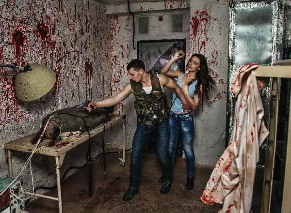 Квест в реальности Час Зомби Кубиринт Москва